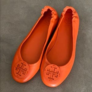 Tory Burch travel ballet flats size S NWT